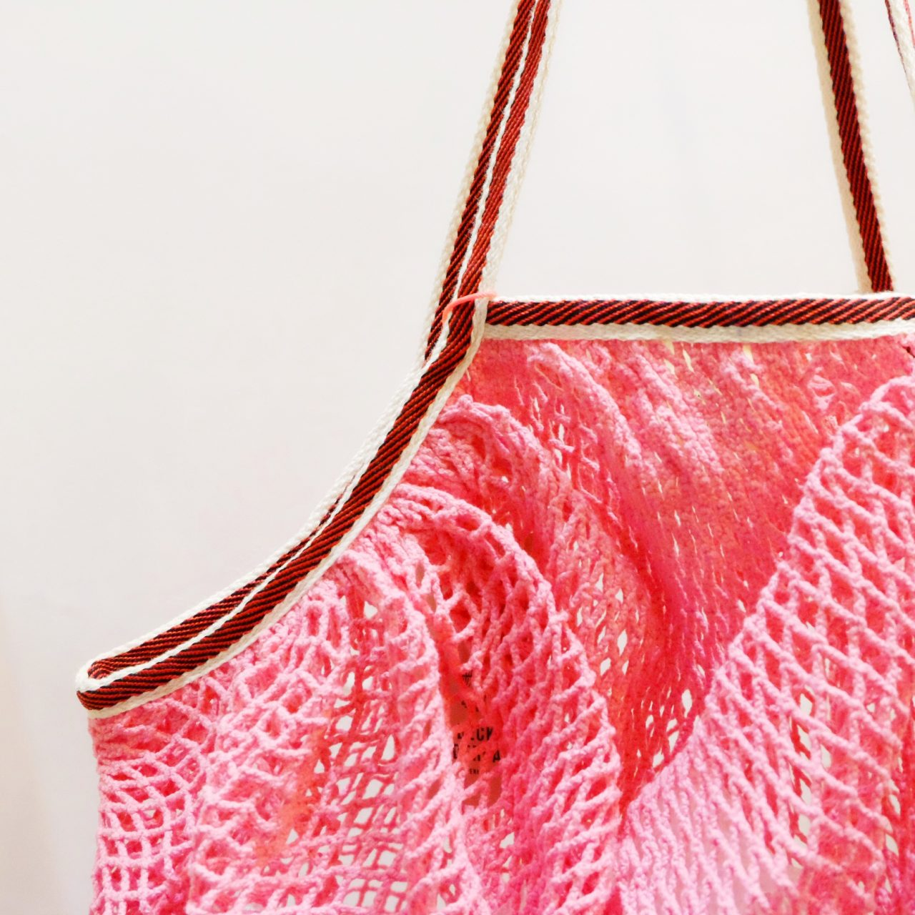 bolsa red rosa misha barcelona becksöndergaard detalle